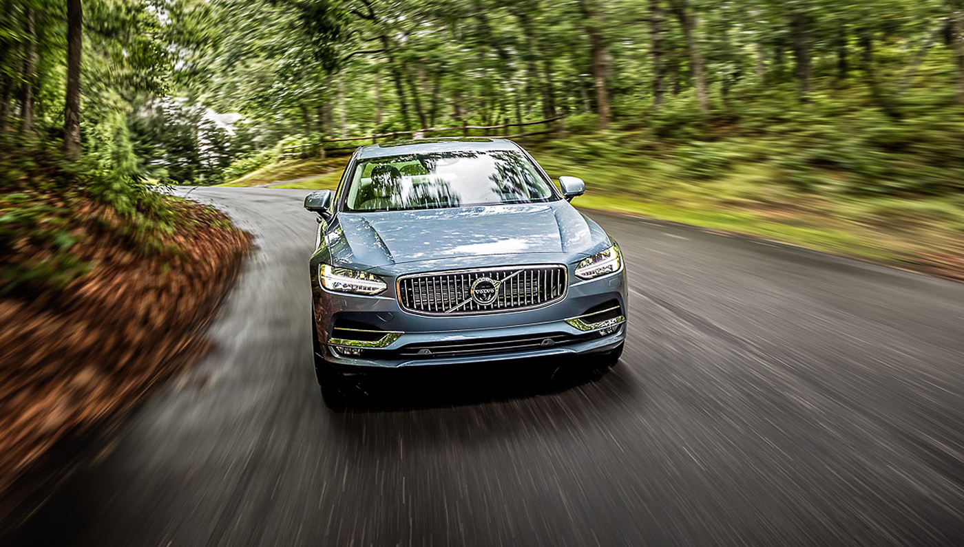 Volvo S S90 Flagship Sedan Shows The Brand S Commitment To Keeping You Safe Robb Report