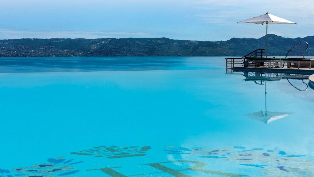Pool Hotel Royal Evian