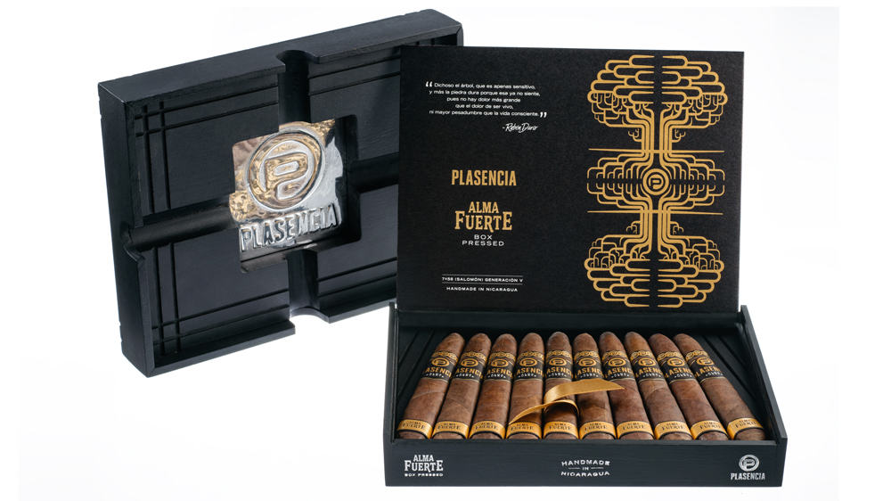 Plasencia Launches Alma Fuerte box