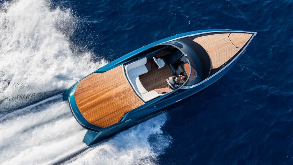 Aston Martin/Quintessence Yachts - AM 37 Sport Yacht