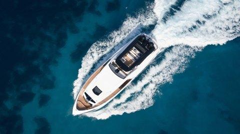 Dominator Ilumen 28m Kalliente Superyacht Italy