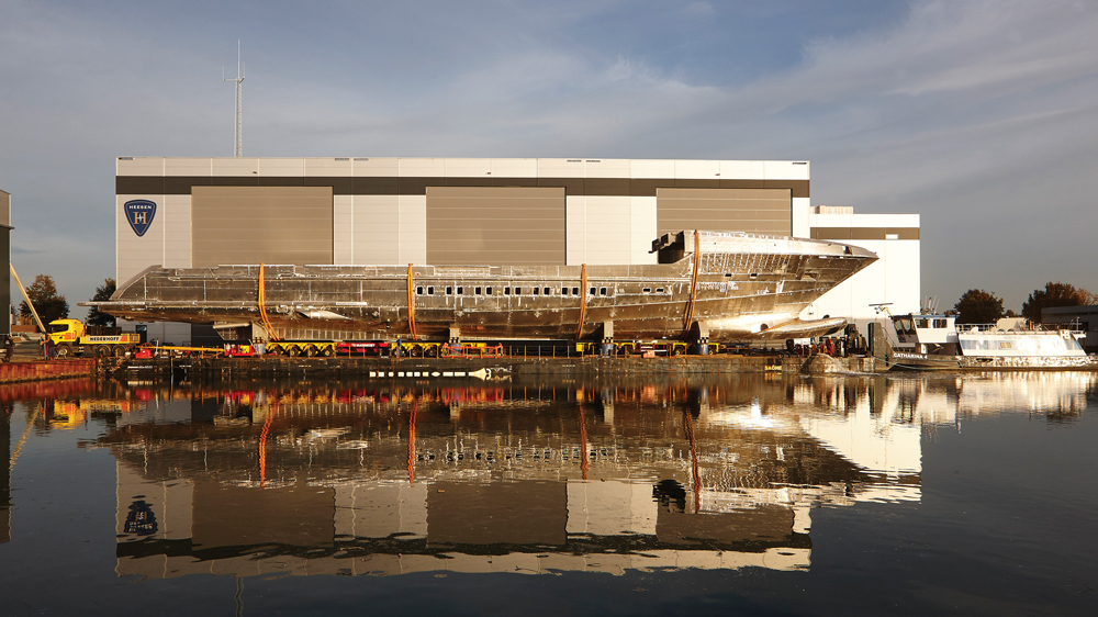 Galactica Super Nova yacht superstructure