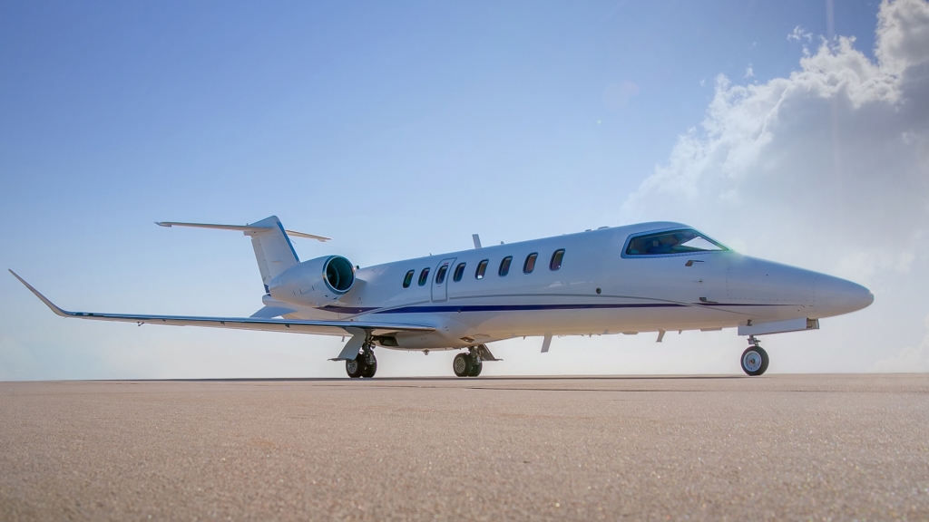 Bombardier Learjet 75 business jet