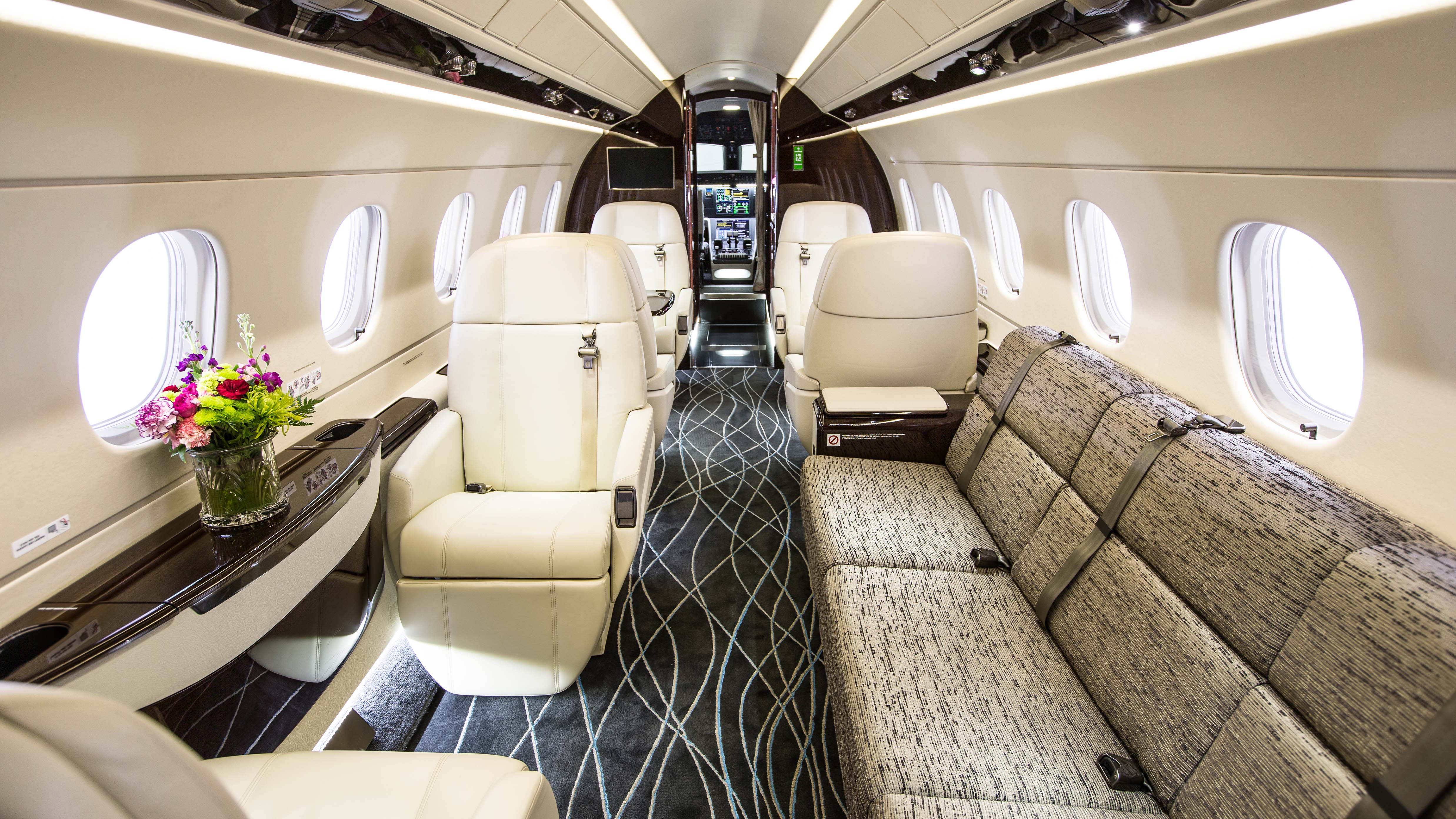 Embraer Legacy 500 Business Jet
