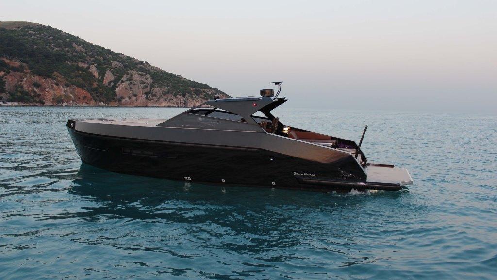 Mazu Yachts 38 Soft Top day boat