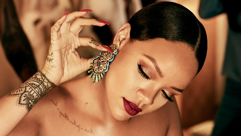 Rihanna wearing Rihanna Loves Chopard Haute Joaillerie Collection