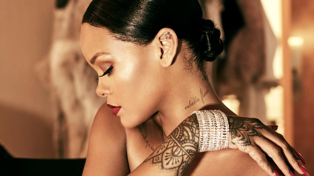 Rihanna wearing RIHANNA ♥ CHOPARD jewelry collection