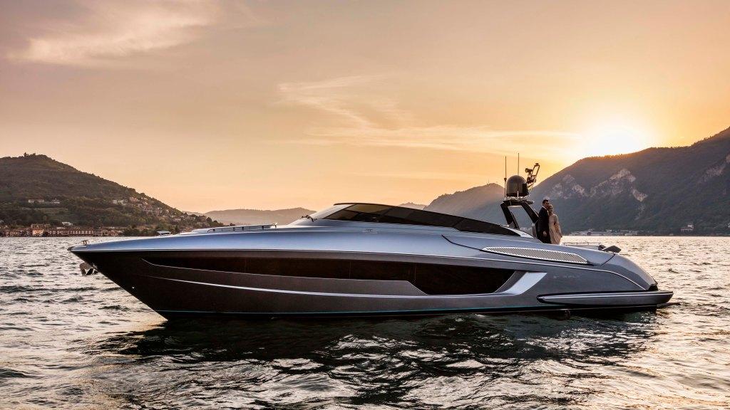 Riva Rivale 56 Yacht
