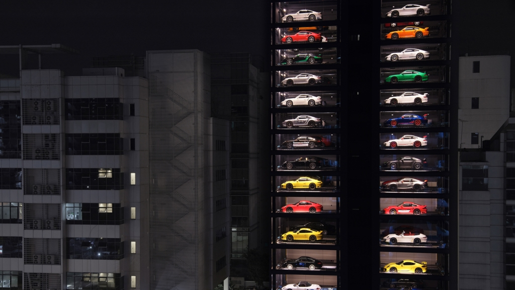 An image of Autobahn Motor's car vending machine in Singapore.