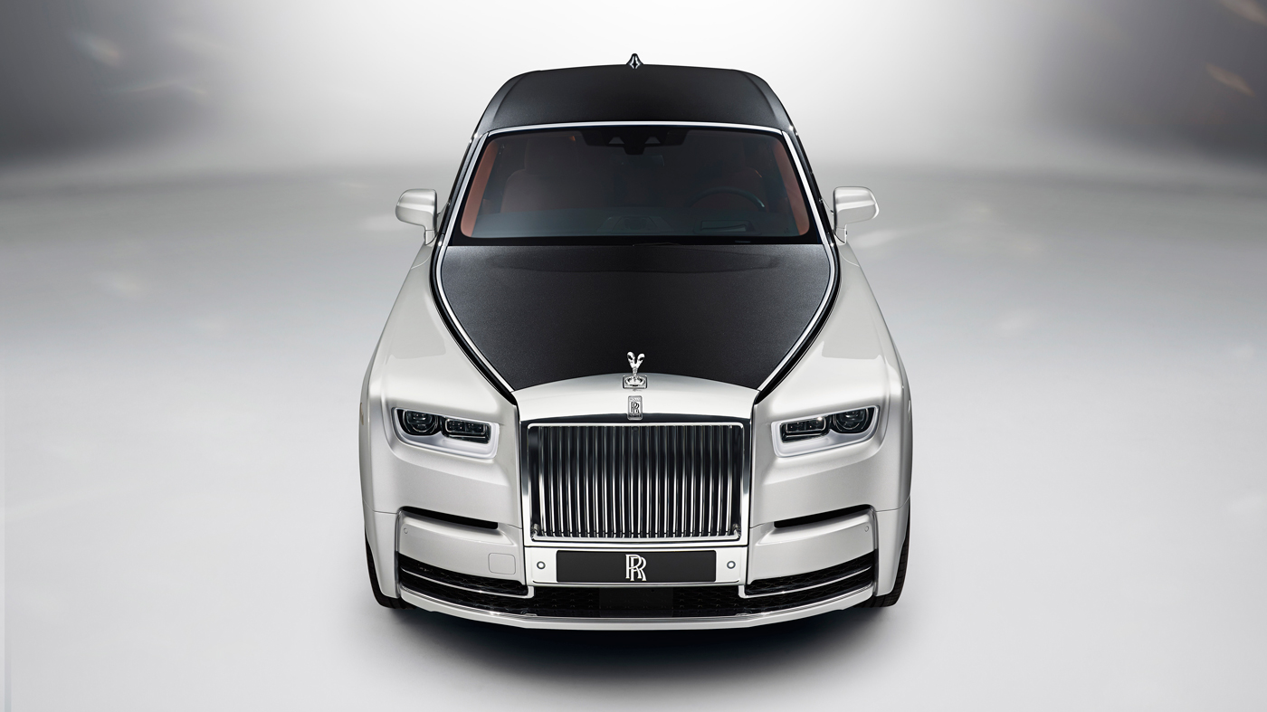 An image of the 2018 Rolls-Royce Phantom VIII.