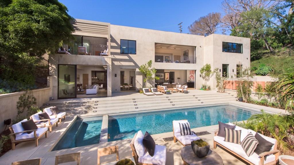 1317 Delresto Drive in Beverly Hills
