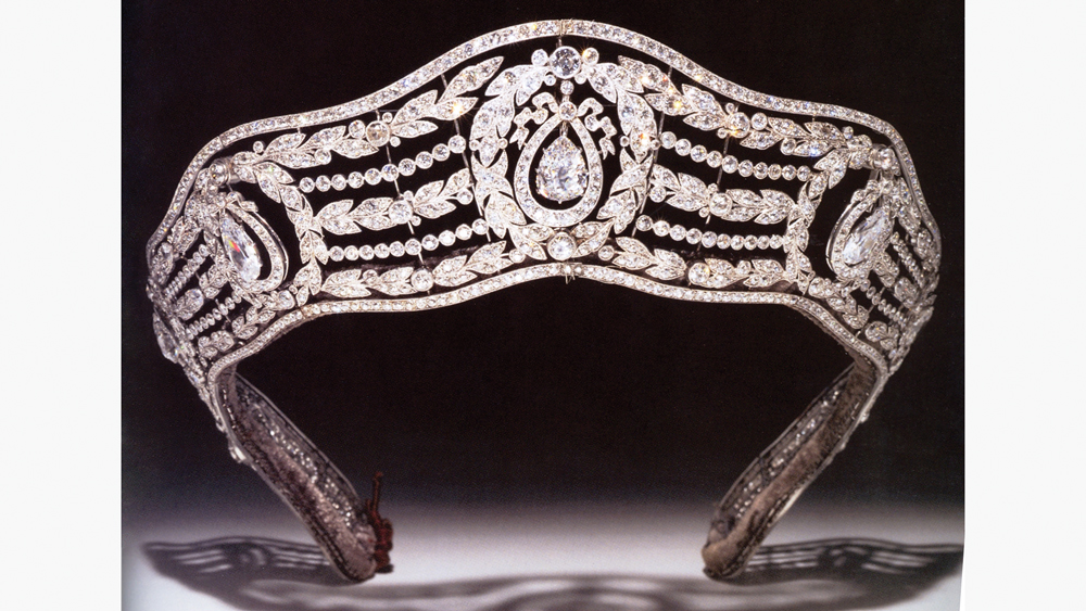 Cartier diamond crown made for royalty