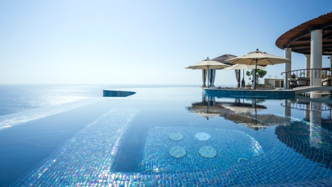casa fryzer infinity pool view in Cabo, Mexico