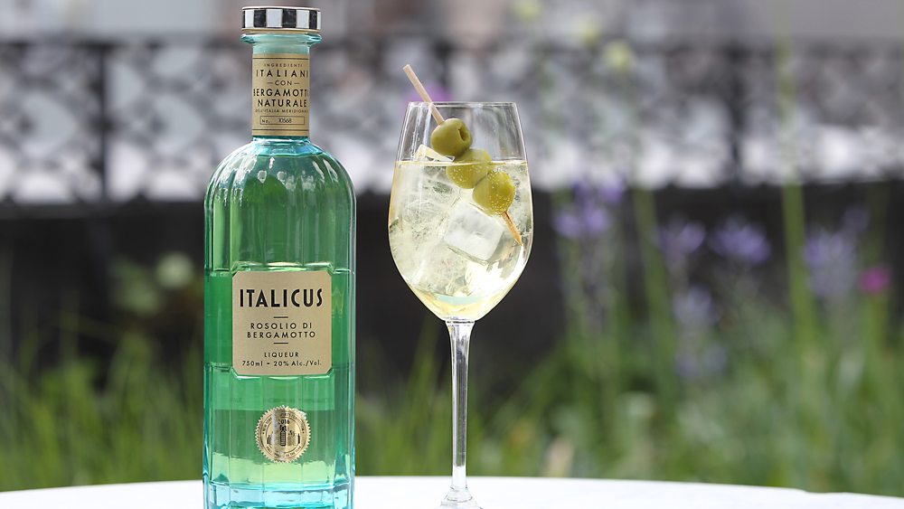 bottle of Italicus in a glass