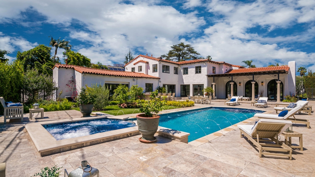 805 North Linden Drive in Beverly Hills