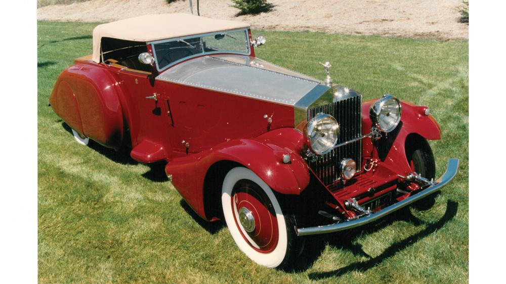 Rolls-Royce in red