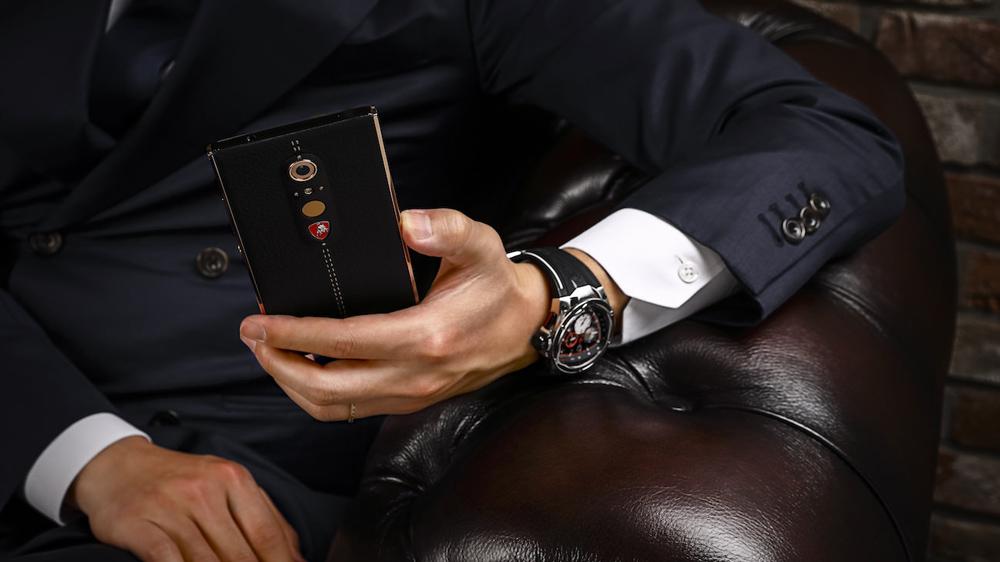 Tonino Lamborghini Alpha One Smartphone held in hand