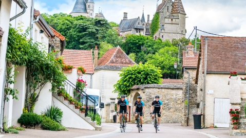 Cyclists on DuVine Wine Tour in Burgundy, France