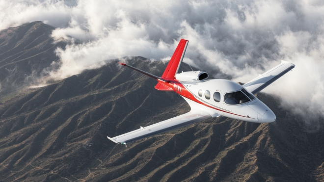 Cirrus Vision Jet flying.