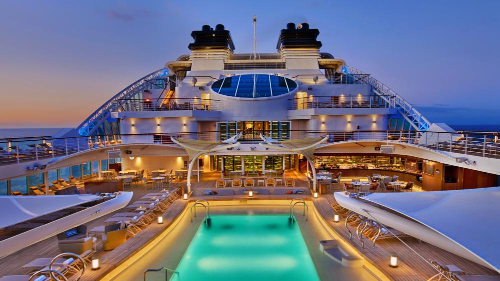Seabourn Encore cruise ship pool