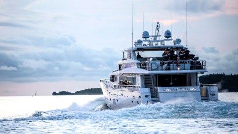 Yachtlife Yacht Charter App