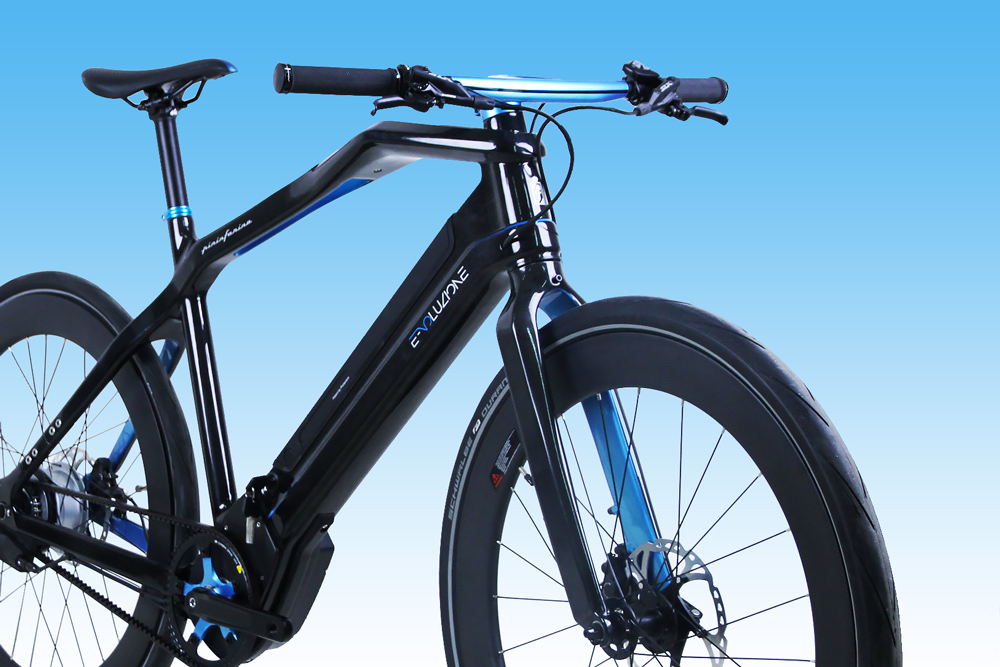 Pininfarina Elettronica limited edition e-bike in blue front-end close up
