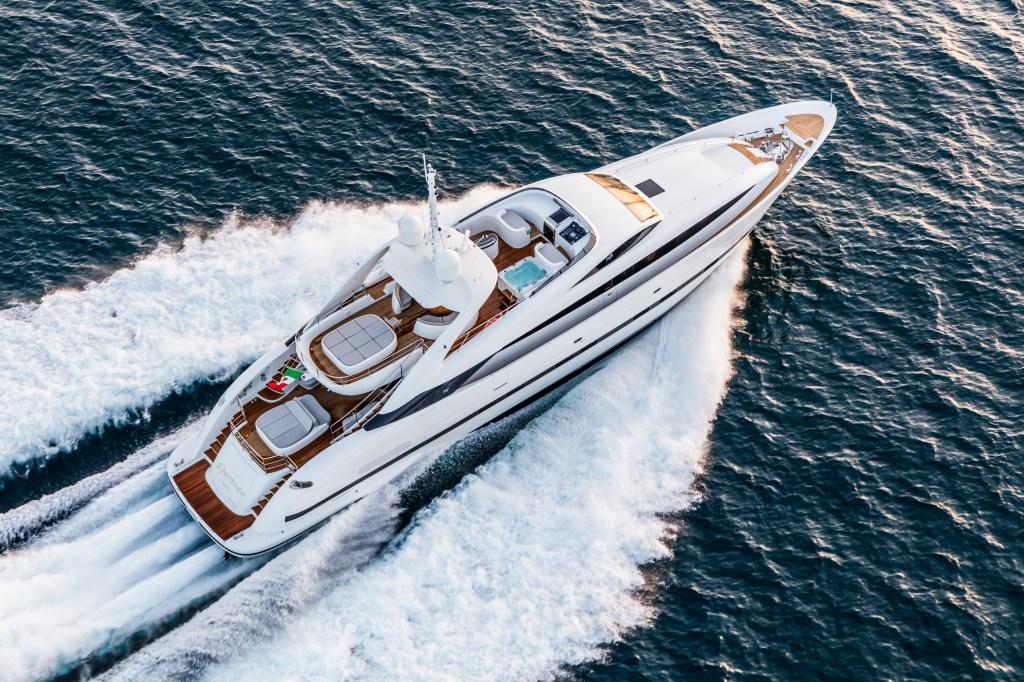 ISA 120 Sport Clorinda italian superyacht