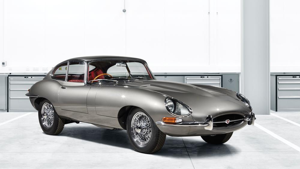 jaguar e type reborn front of car
