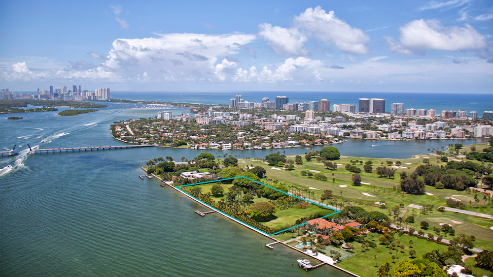 4567 Indian Creek Island in Miami aerial view