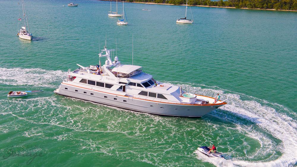 Yachtlife App Yacht Charter