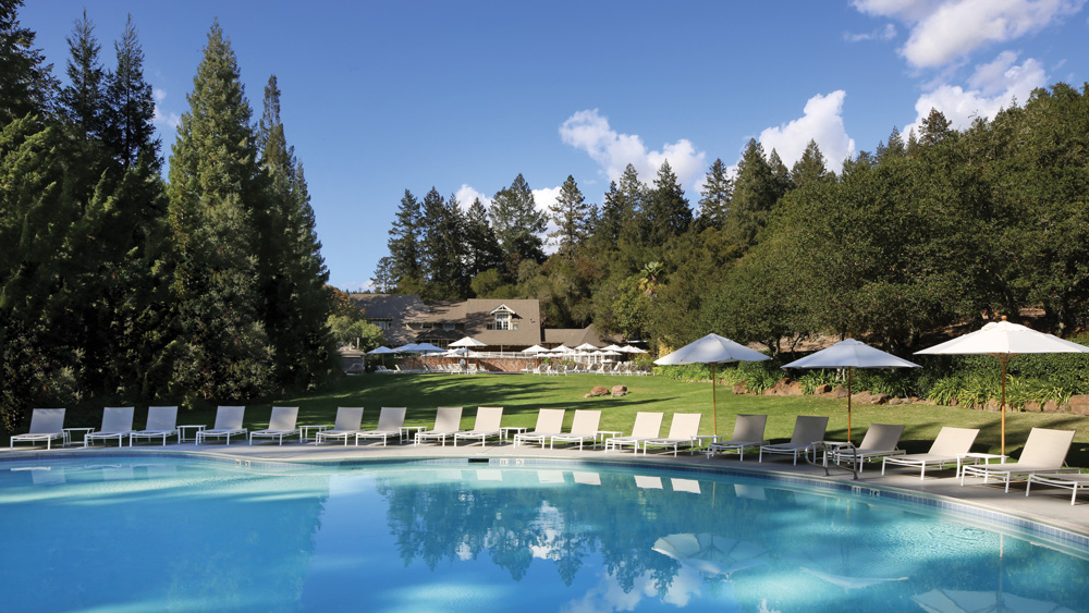 Meadowood family pool at the hotel. napa valley