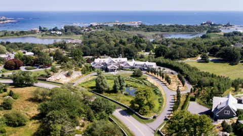 70 Beacon Hill Road in Rhode Island