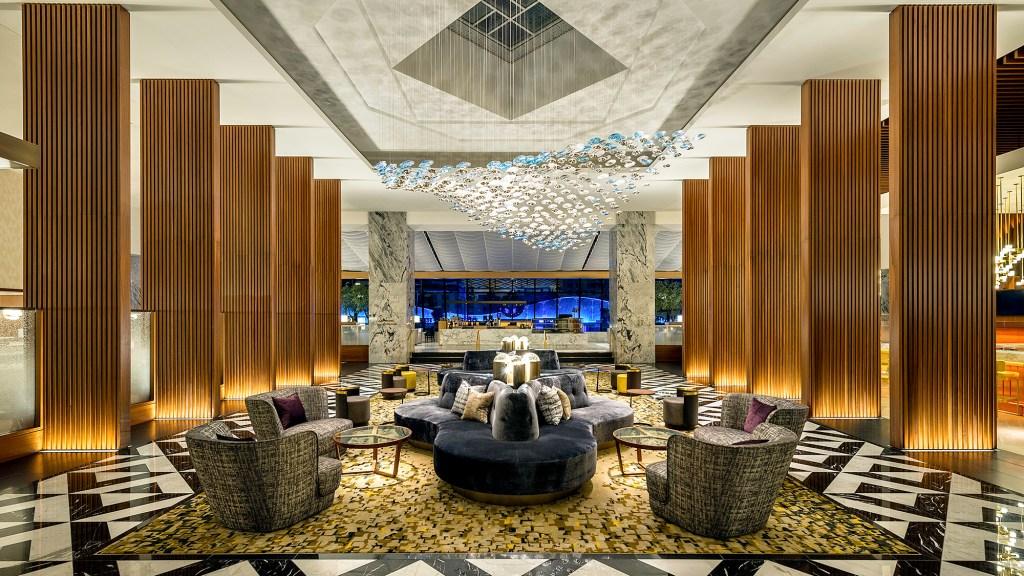 The Lobby at Ritz-Carlton, Chicago
