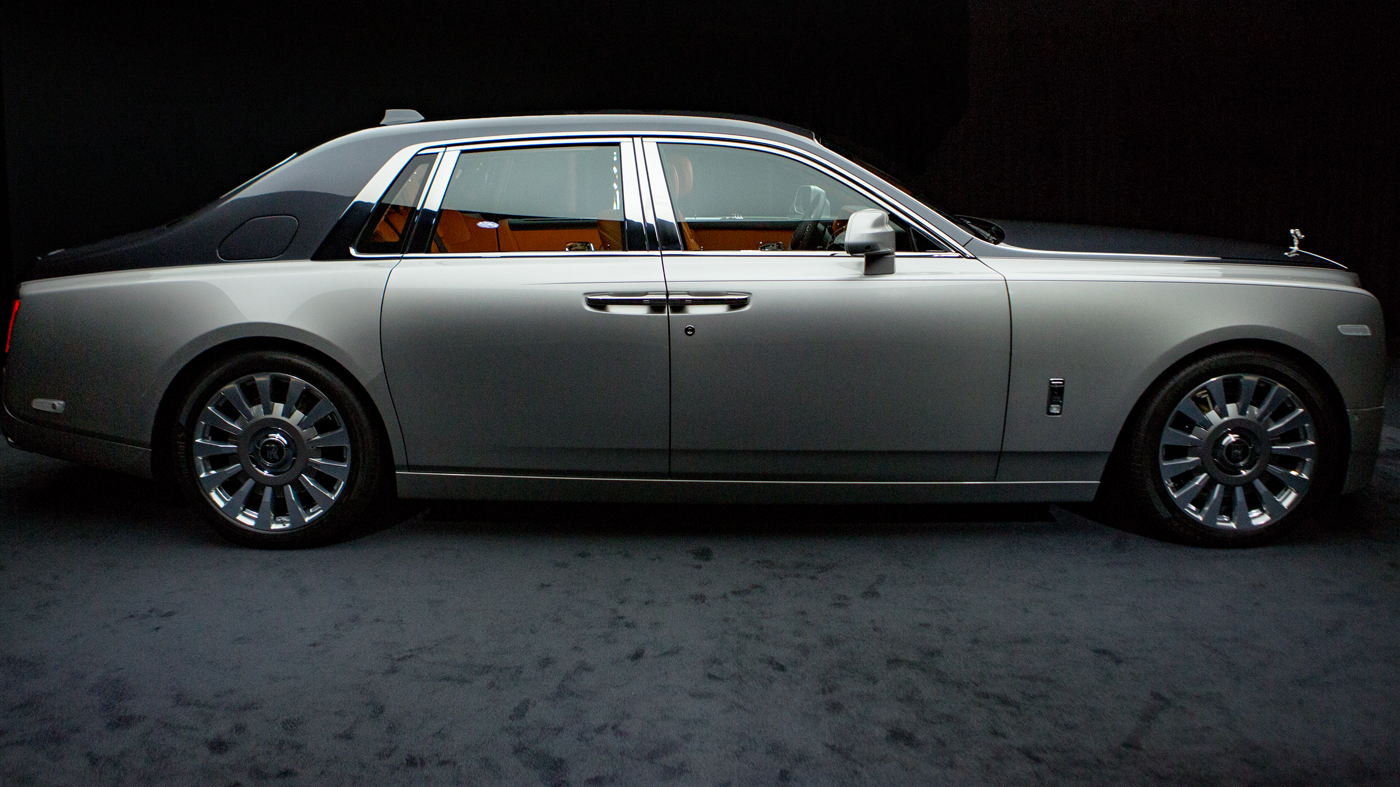 The Rolls-Royce Phantom VIII made its world premiere in London on July 27 of this year.