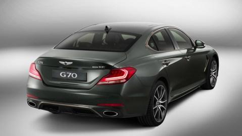 2018 Genesis G70 rear