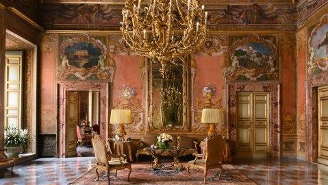 Palazzo Odescalchi salon