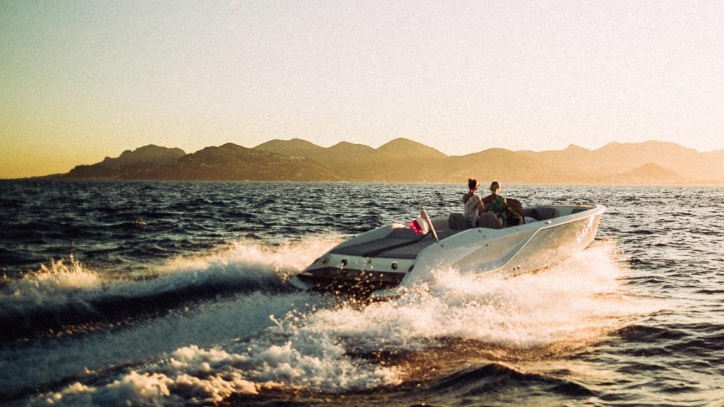 Frauscher 858 Fantom Air Day Boat