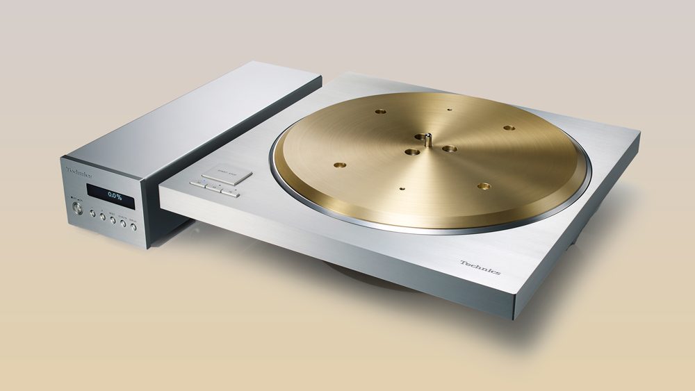 Three-quarters shot of the Technics SP-10R direct-drive turntable