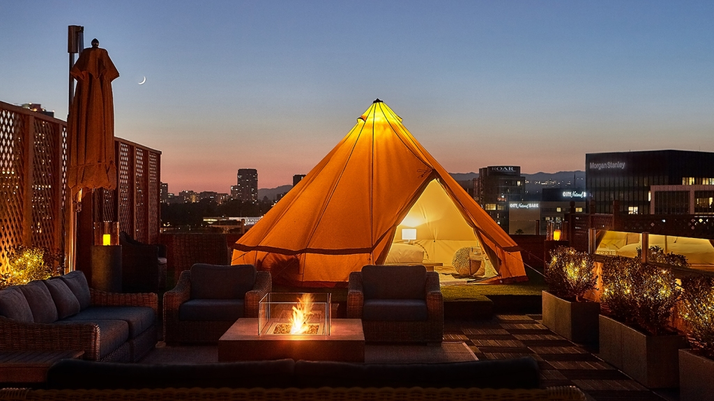 Luxury tent on a rooftop