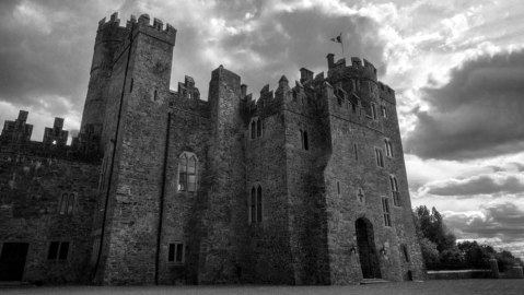 Kilkea Castle courtyard
