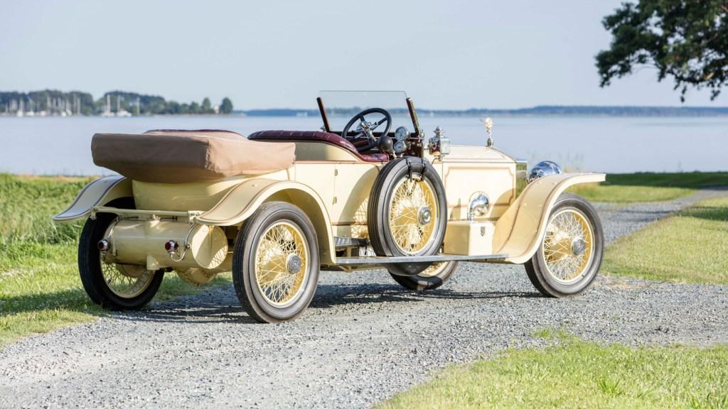 A 1913 Rolls-Royce 40/50 Silver Ghost London-to-Edinburgh Tourer.