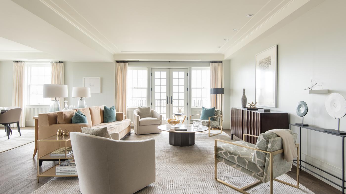 Living room at Wardman Tower