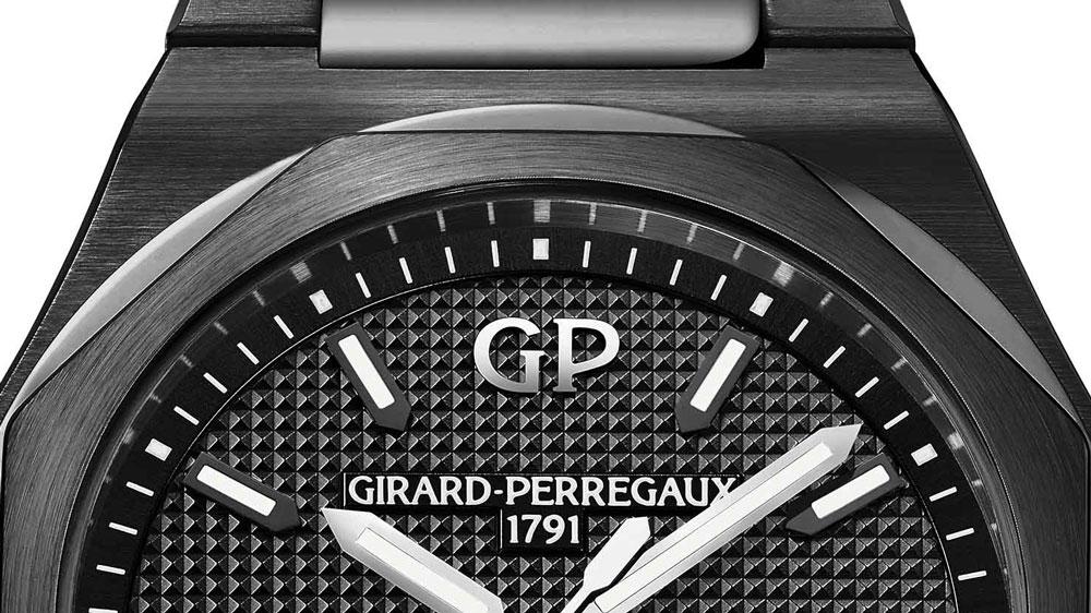 Girard-Perregaux Laureato 42mm Ceramic