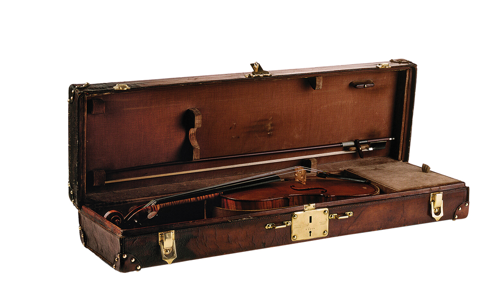 Louis Vuitton bespoke trunk