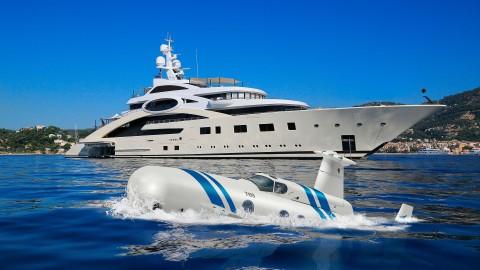 Neyk Luxury L-1 submarine submersible