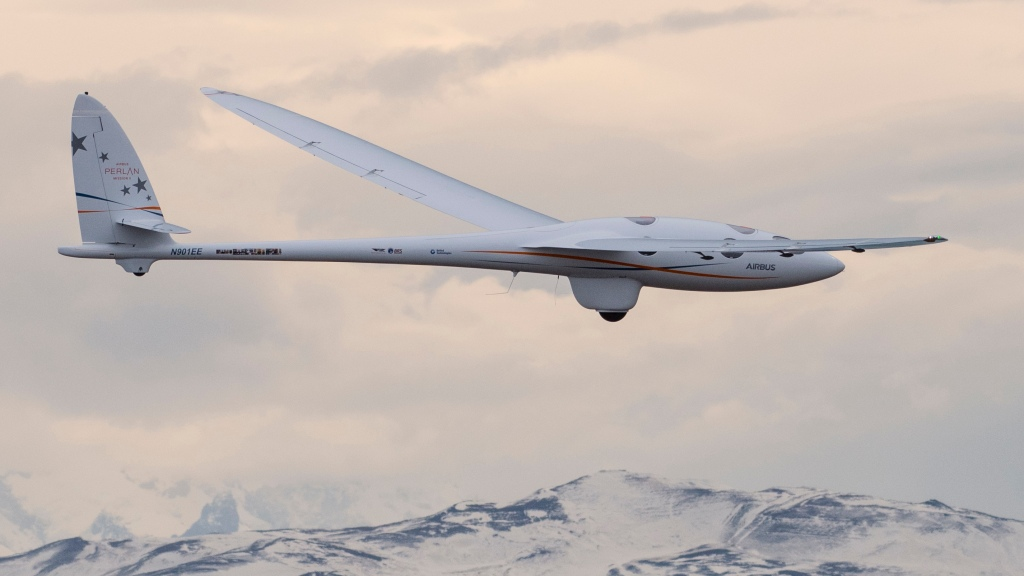 Airbus Perlan 2 glider world record space