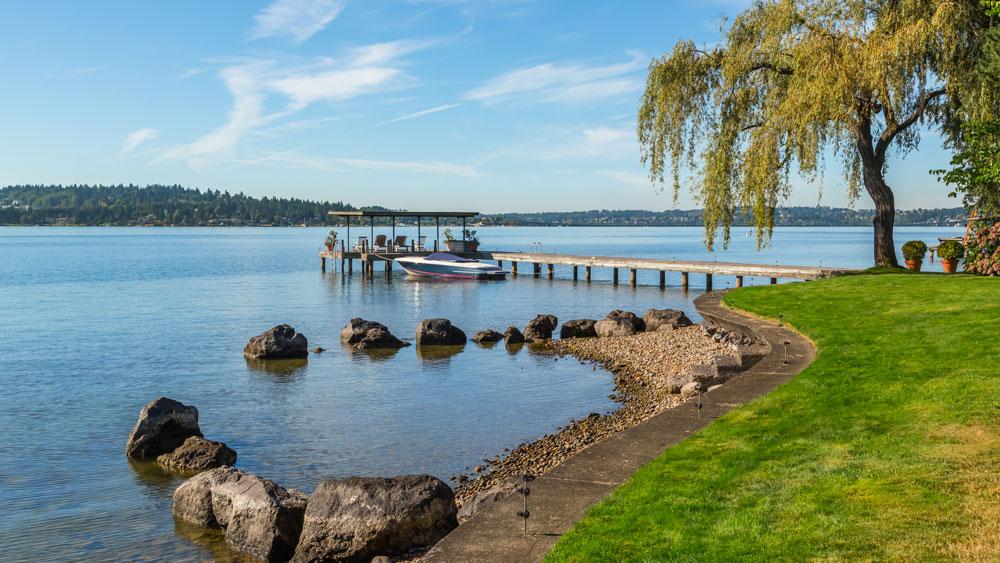 Medina Waterfront Estate in Washington