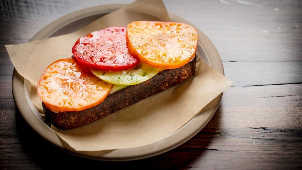 Summer tomato tartine