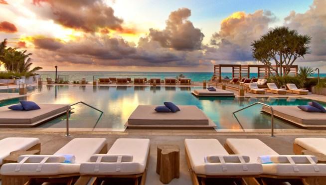 1 Hotel and Homes, South Beach cabana
