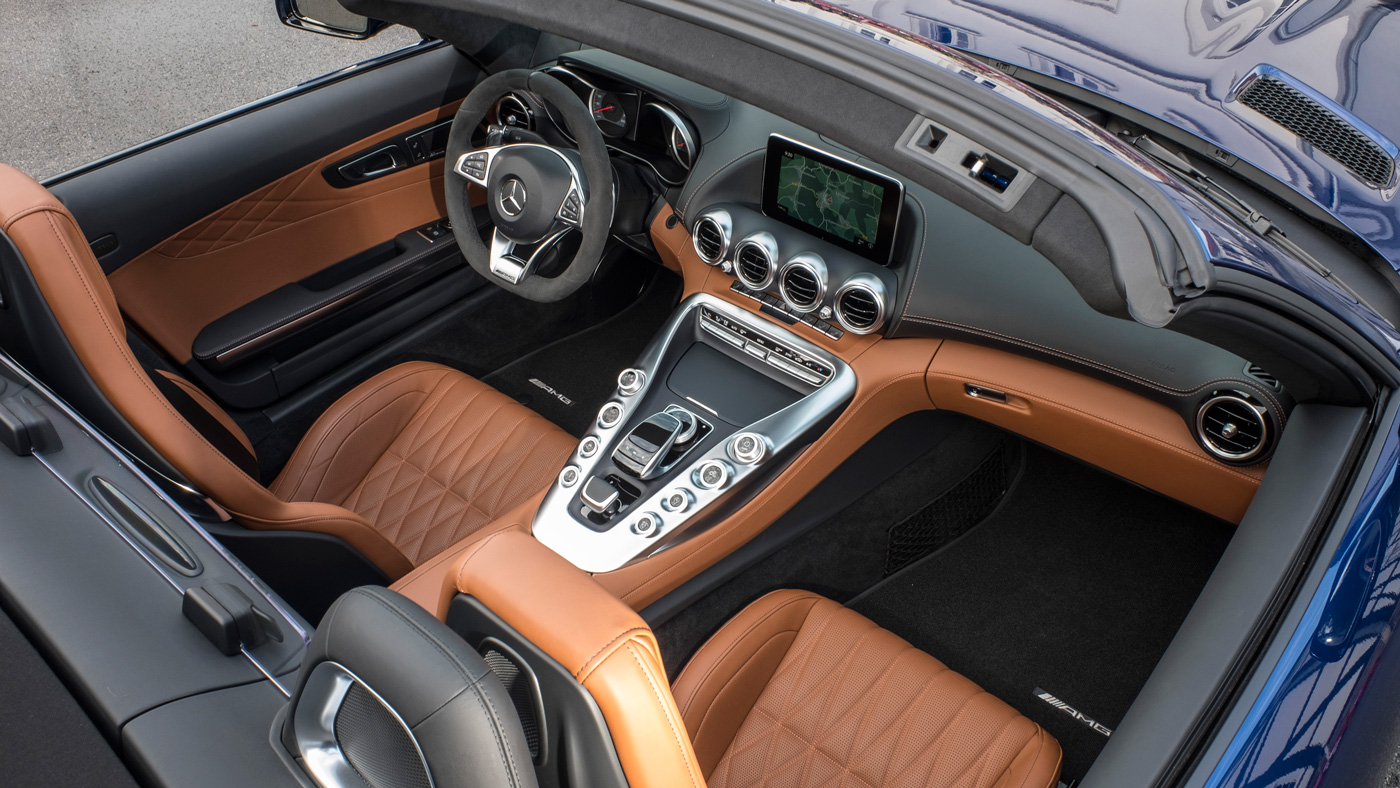 The interior of the Mercedes-AMG GT C Roadster.